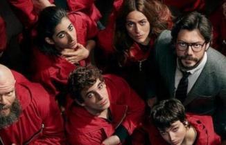 La Casa De Papel 4.Sezon ilk 8 bölüm FULL İzle Tek Parça (Netflix)