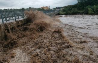Sel felaketi Samsun'da 2 can aldı