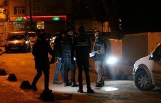 Beyoğlu'nda iki grup arasında çıkan kavgada silahlar konuştu