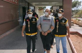 46 yıl hapis cezası bulunan şahıs, Kahramanmaraş'ta enselendi