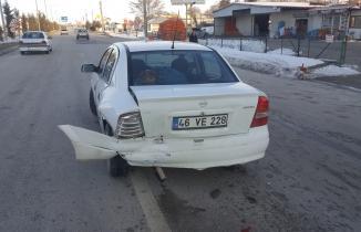 Kahramanmaraş'ta otomobil frene basınca başka otomobil arkadan çarptı