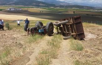 Kahramanmaraş'ta devrilen traktörün altına kalan bir kişi öldü