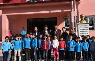 Türkoğlu Belediyesi öğretmenleri unutmadı