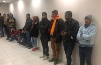 Kahramanmaraş'ta 34 kaçak göçmen yakalandı: Hepsine ceza kesildi!