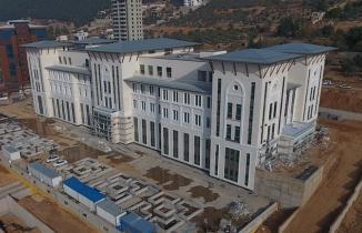 Onikişubat Belediyesi'nin hem akıllı hem duyarlı yeni binası